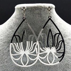 Lotus flower earrings Stainless steel